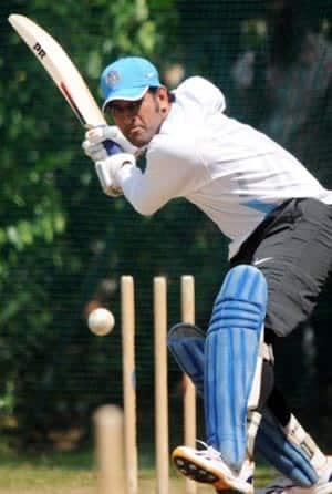 Gambhir, Praveen miss Team India practice session at Mohali