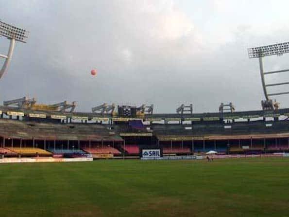 Ranji Trophy 2012: Pallavkumar Das' fifty pushes Assam to 213/4 on Day One