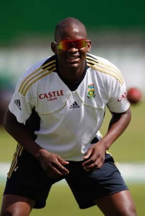 Lonwabo Tsotsobe eagerly waiting to play for South Africa