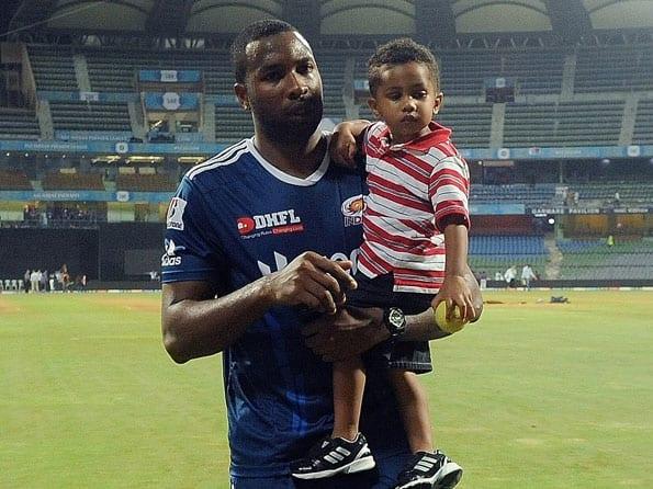 IPL 2012: Sachin Tendulkar has taught how to approach the game, says Kieron Pollard