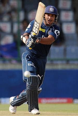 IPL 2012: Was unselfish of Kumar Sangakkara to drop himself, says Cameron White