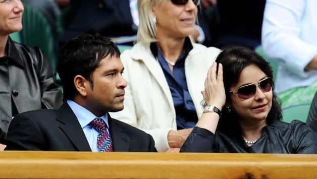 Sachin Tendulakr (L) with Anjali Tendulkar