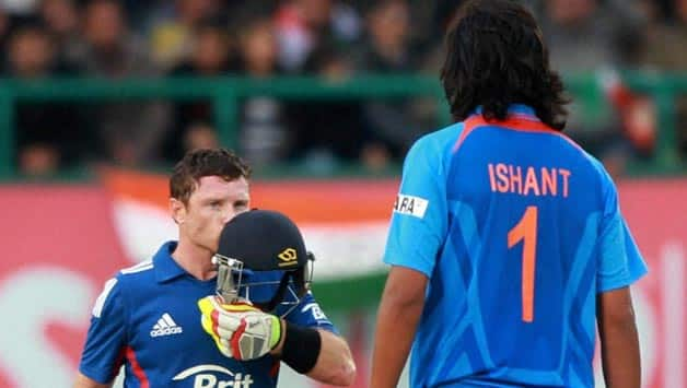 Ian Bell guides England to consolatory win against India in 5th ODI