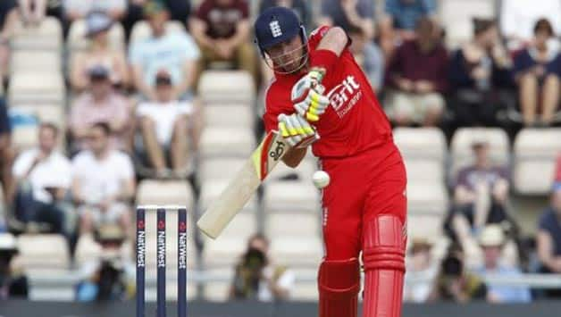 Ian Bell, Jos Butler guide England to consolation win against New Zealand