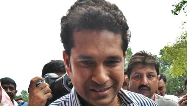 Sachin Tendulkar to recite Marathi poems for Farhan Akhtar's MARD campaign