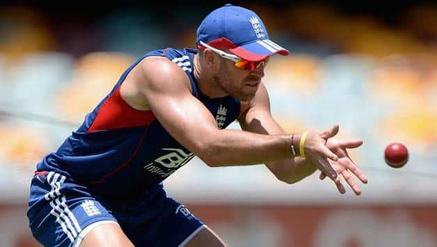 Ashes 2013-14: England delay decision over Matt Prior's availability for Brisbane Test