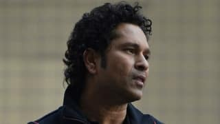 Sachin Tendulkar tries to help a friend; lands himself in a controversy