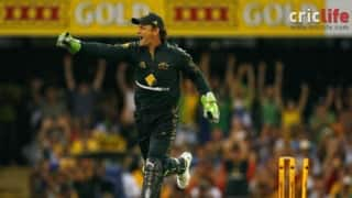 Adam Gilchrist misses, not once but twice