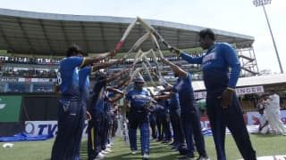 Tillakaratne Dilshan scores 42 in his final ODI innings