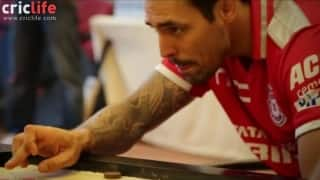 KXIP players enjoy the game of carrom