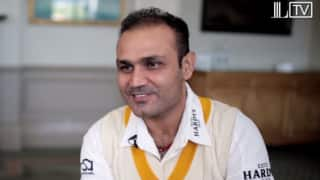 "Video: When Virender Sehwag saw Sourav Ganguly's ""Six-Packs"" for the first time"
