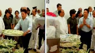 Sachin Tendulkar joins PM Narendra Modi and President Pranab Mukherjee in paying homage to Dr Kalam after the body is flown to New Delhi