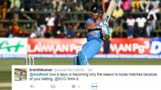 Twitterati blast MS Dhoni for another failure with bat