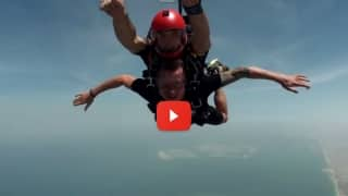 Video: Dale Steyn breaches the '15000 ft fall'
