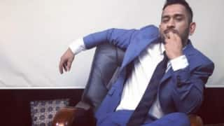 "Photo: When MS Dhoni tried copying the pose of ""The One and Only THALAIVAR"""