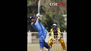 Provoked Yusuf Pathan slaps a jeering spectator