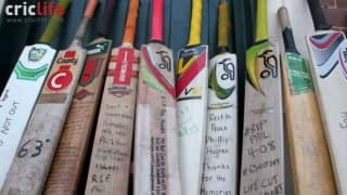 Phil Hughes' bat to be placed on Mount Everest