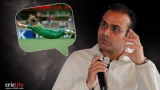 "Virender Sehwag believes ""Humans Can Fly""!"