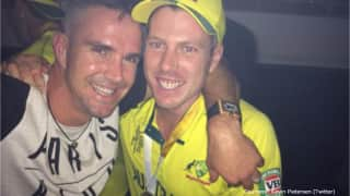Kevin Pietersen joins Australia's World Cup final victory celebrations with James Faulkner