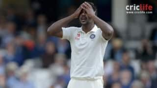 Varun Aaron flies back to India to attend grandfather's funeral