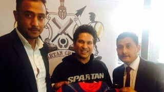 Meet of the Giants: Paras Khadka meets Sachin Tendulkar