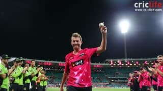 Lee's last home game at SCG