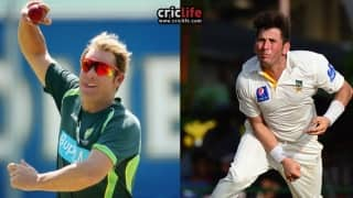Shane Warne shares words of wisdom with Yasir Shah