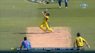 Video: When David Warner was completely caught off-guard!