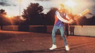 Ben Stokes tries his hands at street cricket