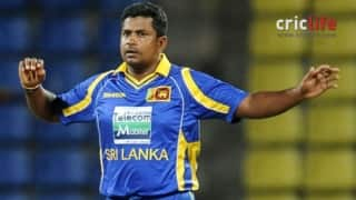 Rangana Herath stuns himself with a wonderful catch!