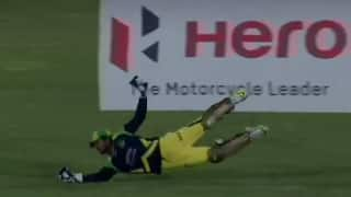 Watch a vintage Kumar Sangakkara take a fabulous diving catch in CPL 2016