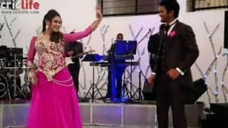 Dimuth Karunaratne dances to Bollywood numbers with his bride