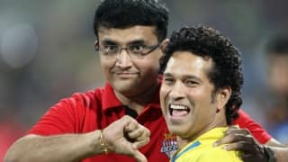 When Lara helped Ganguly beat Tendulkar on a different pitch!
