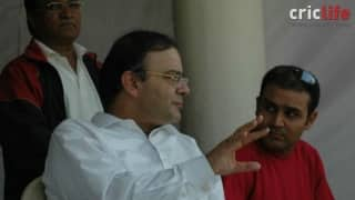 Jaitley-Kejriwal to  settle differences by a T20 match; Sehwag, Ishant, Kirti set to play