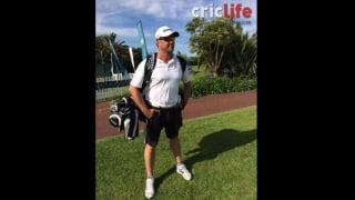 Caddying debut for Jacques Kallis