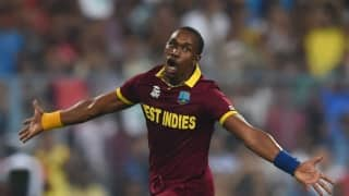 VIDEO: What's that creature on Dwayne Bravo's neck?