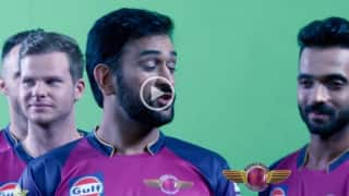 Watch MS Dhoni and his 'Rising Pune Supergiants' get into the fun-mode behind the scenes