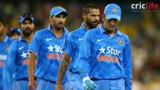 Facebook Wall: Reactions to Team India's stunning collapse in 4th Ind vs Aus ODI