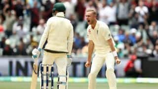 The Ashes 2017-18: Trevor Bayliss wants stump microphones turned off during sledging