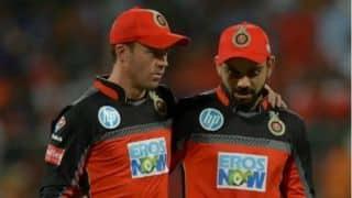 कोहली और डिविलियर्स ने आईपीएल में खराब प्रदर्शन के लिए मांगी माफी