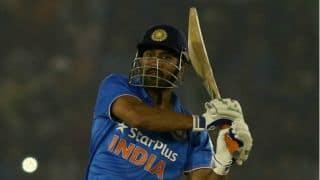 Adam Gilchrist congratulates MS Dhoni for 9,000 runs in ODI cricket