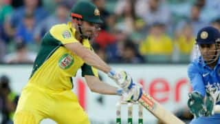 Shaun Marsh dismissed for 9 by Ravichandran Ashwin in 3rd T20I against India