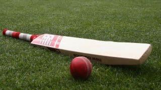 नवी मुंबई के तनिष्क गवाटे ने लोकल मैच में 1045 रन जड़े