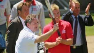 Piers Morgan survives Brett Lee's thunderbolts