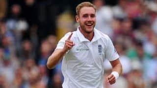 टेस्ट सीरीज से पहले ब्रॉड ने समुद्र किनारे अनाेखे मैच में की प्रैक्टिस