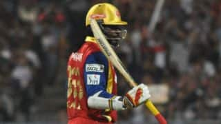 Chris Gayle bowled by Dhawal Kulkarni for 27 in RCB vs RR IPL 2015 Eliminator
