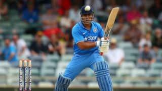 India vs Australia, 1st ODI: MS Dhoni gets furious on Kedar Jadhav after he almost got him run out