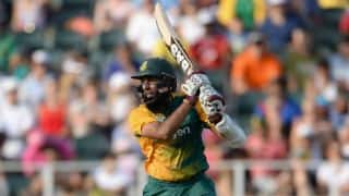 Hashim Amla dismissed for 5 by Jasprit Bumrah against India in ICC World T20 2016 warm-up match at Mumbai