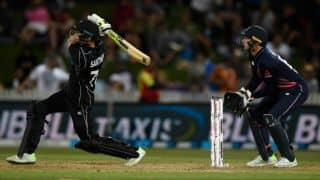 Mitchell Santner heist puts New Zealand 1-0 ahead against England