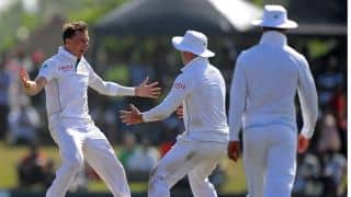 Sri Lanka reeling at 161/6 against South Africa at Lunch